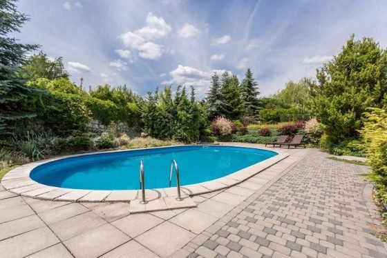 piscine sur la terrasse